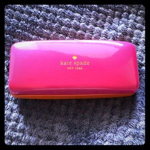 Kate Spade Large Clamshell Case